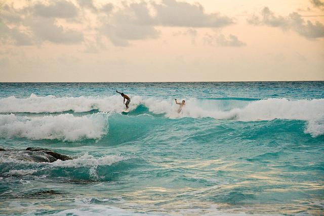 Surfing Cancun