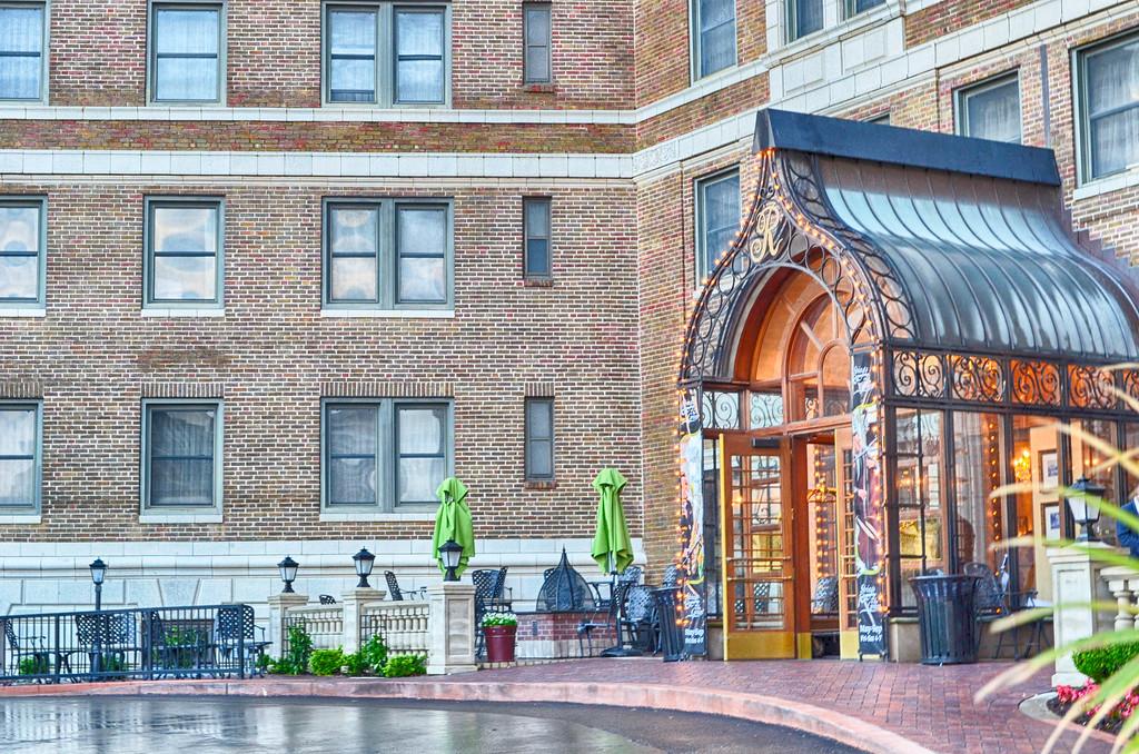 The Raphael Hotel Kansas City